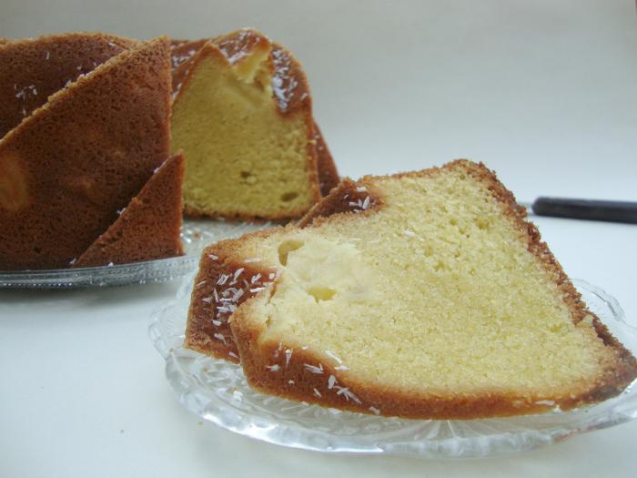 Ananas-kokos bundt cake
