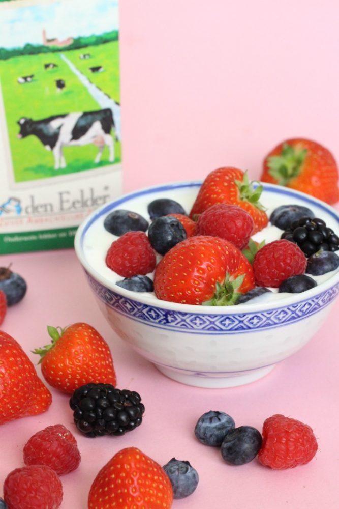 yoghurttaart met fruit