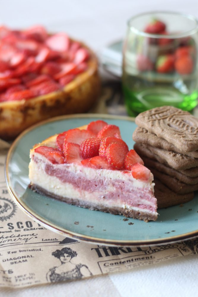 Aardbei rabarber cheesecake
